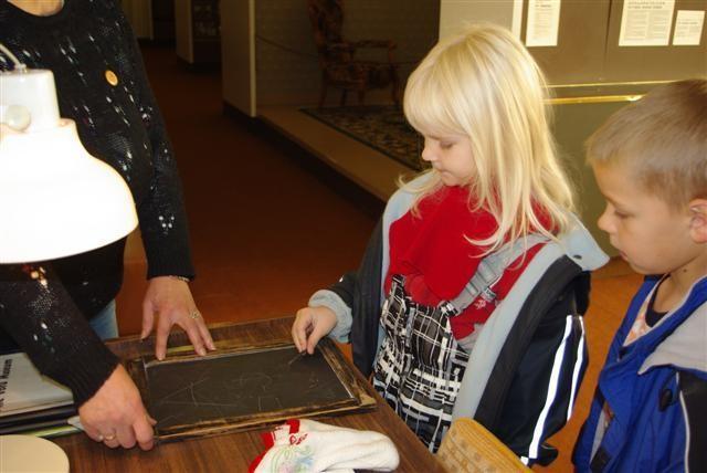 Lapsed said proovida krihvliga kirjutamist