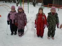 Lapsed õues