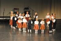"""Rahvavantsurühma laste esinemine segarühma """"Kannel"""" juubelikontserdil 2.11.2013"""