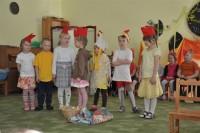 7.r munadepühade näidend lasteaia saalis 28.03.2013