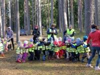 3.r õppekäik sügiseses metsas 4.10.2016